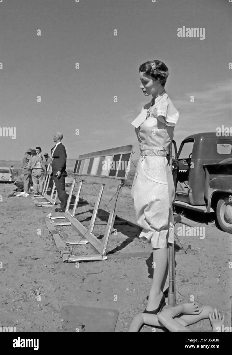 OPERATION TEAPOT Dummies are prepared for the series of nuclear explosion tests in early 1955 at the US Army Nevada Test Site. - Stock Image