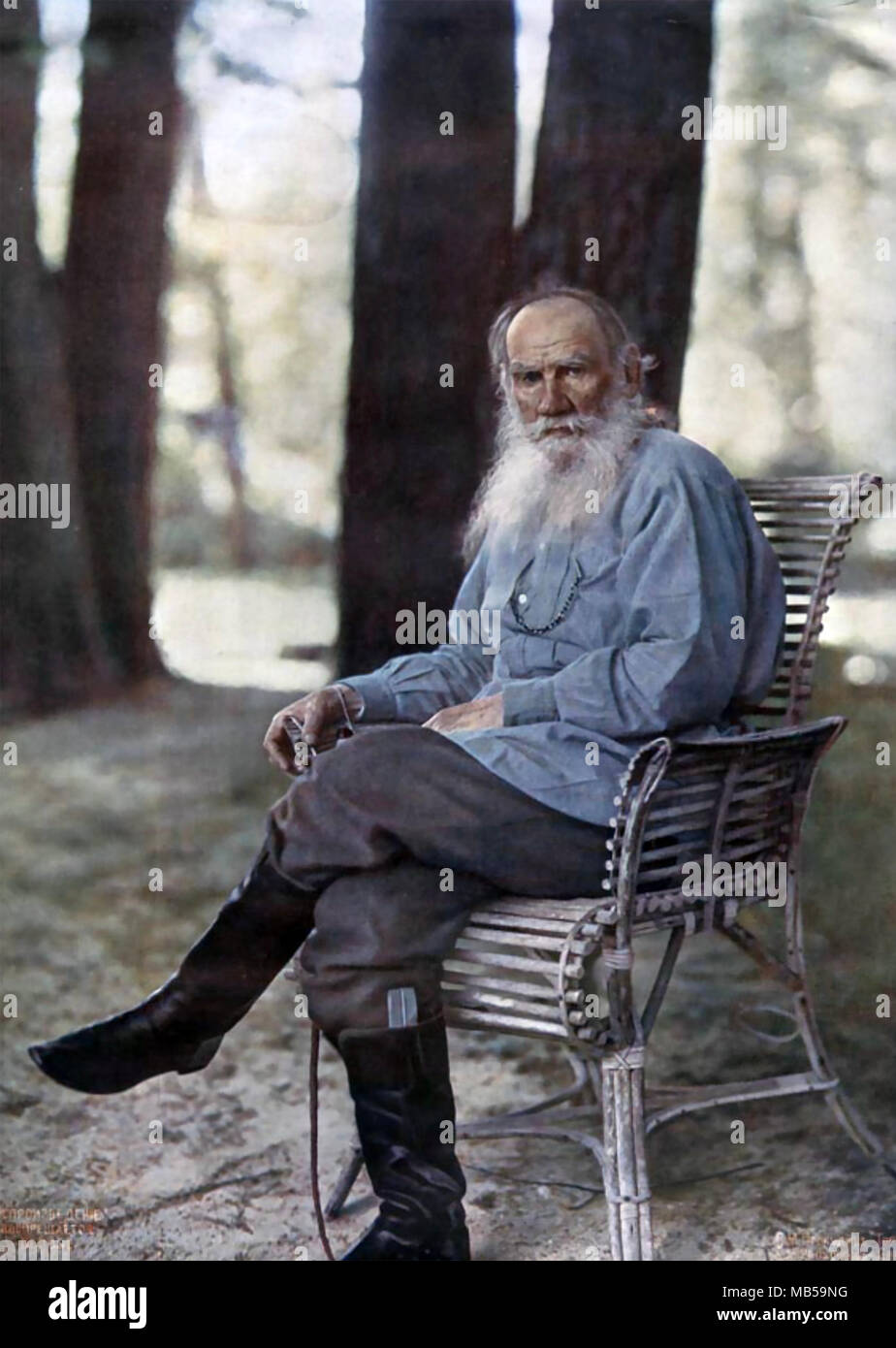 LEO TOLSTOY (1828-1910) Russian writer in May 1908 at his home at Yasnaya Polyana. Photo: Sergei Prokudin-Gorsky - Stock Image
