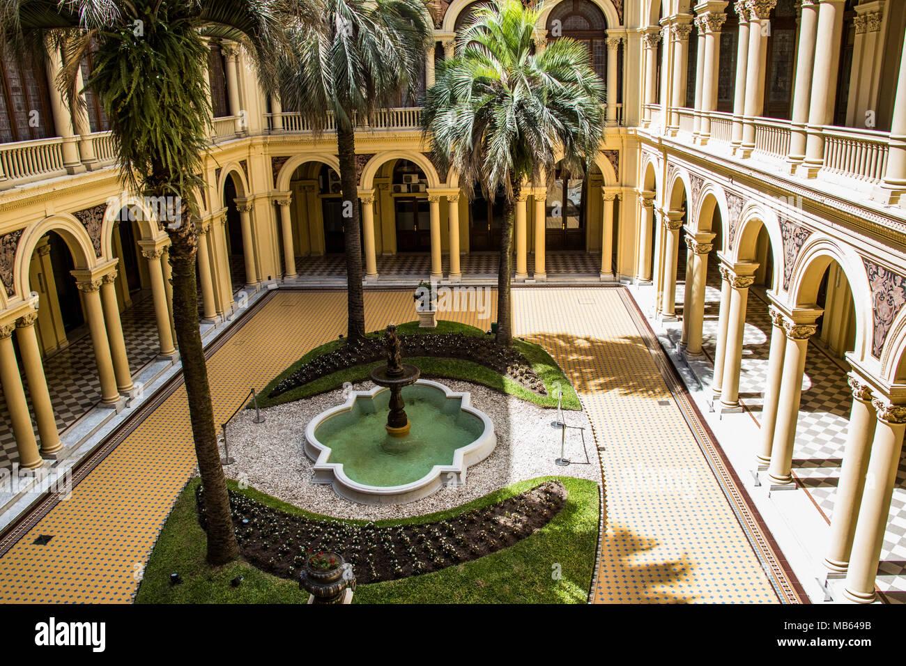 Bon The Palm Tree Patio, Pink House, Patio De Las Palmeras, Casa Rosada,