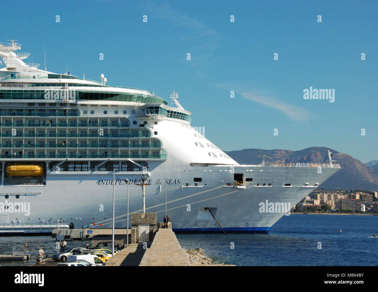 Scenic view of the front of the cruise liner Independence of the Seas - Stock Image