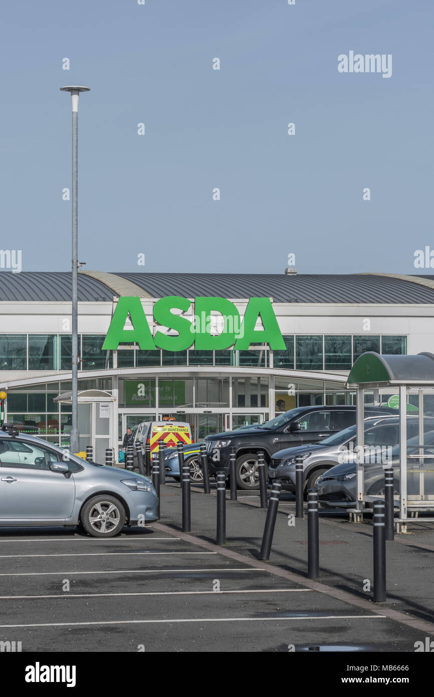 Death of the High Street metaphor / concept - out of town shop exterior of the ASDA Bodmin store, Cornwall. Stock Photo