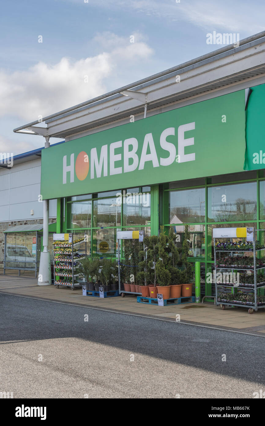 Exterior of Homebase store at Bodmin Retail Park, Cornwall, UK. Out ,of town shopping and 'Death of the High Street' concepts. Stock Photo