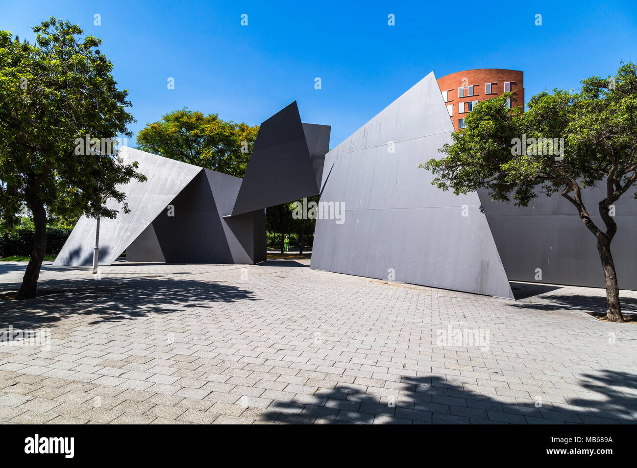 Sculpture of steel plates in trapezoidal forms - Stock Image