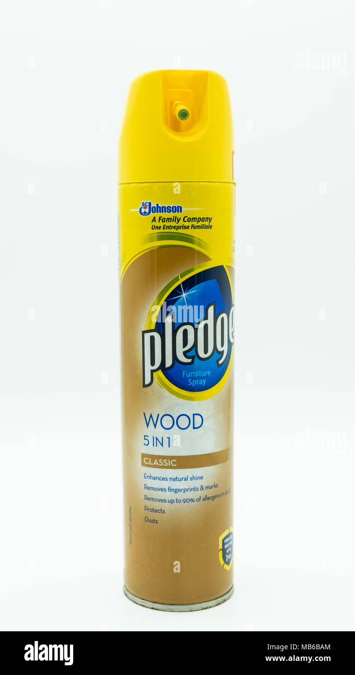Largs, Scotland, UK - April 06, 2018: Aerosol tin containing Pledge branded furniture pollish which can be recycled in many UK Local Authority areas. - Stock Image