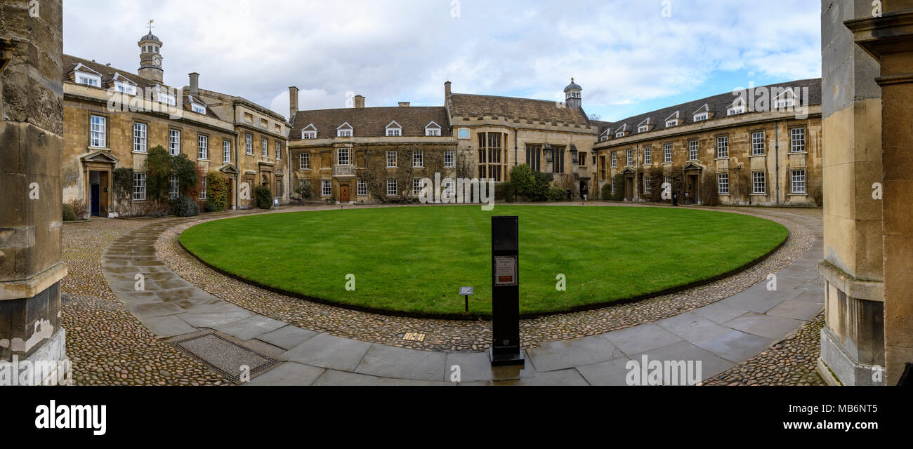 Christ's College First Court and the library on the right, Cambridge, England - Stock Image