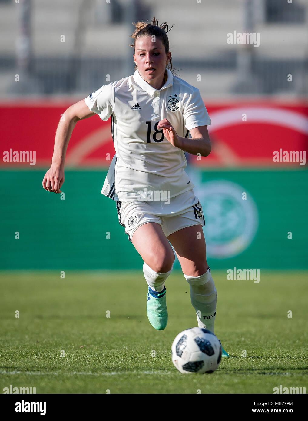 Melanie Leupolz Germany Am Ball Ges Fussball Frauen