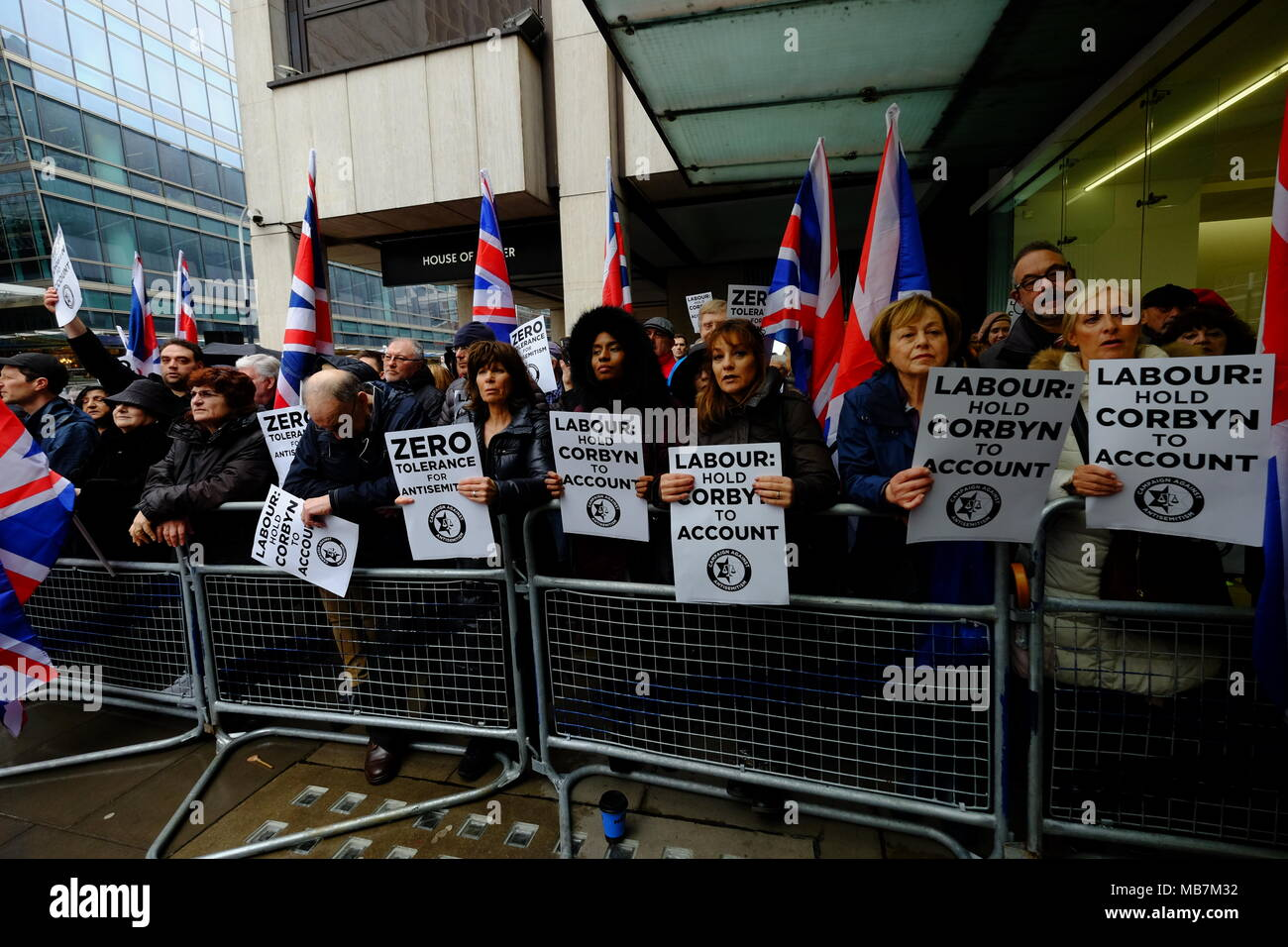 London, UK. 8th April, 2018. protest outside Labour Party headquarters in London against anti-semitism in the Labour party Credit: Rachel Megawhat/Alamy Live News - Stock Image