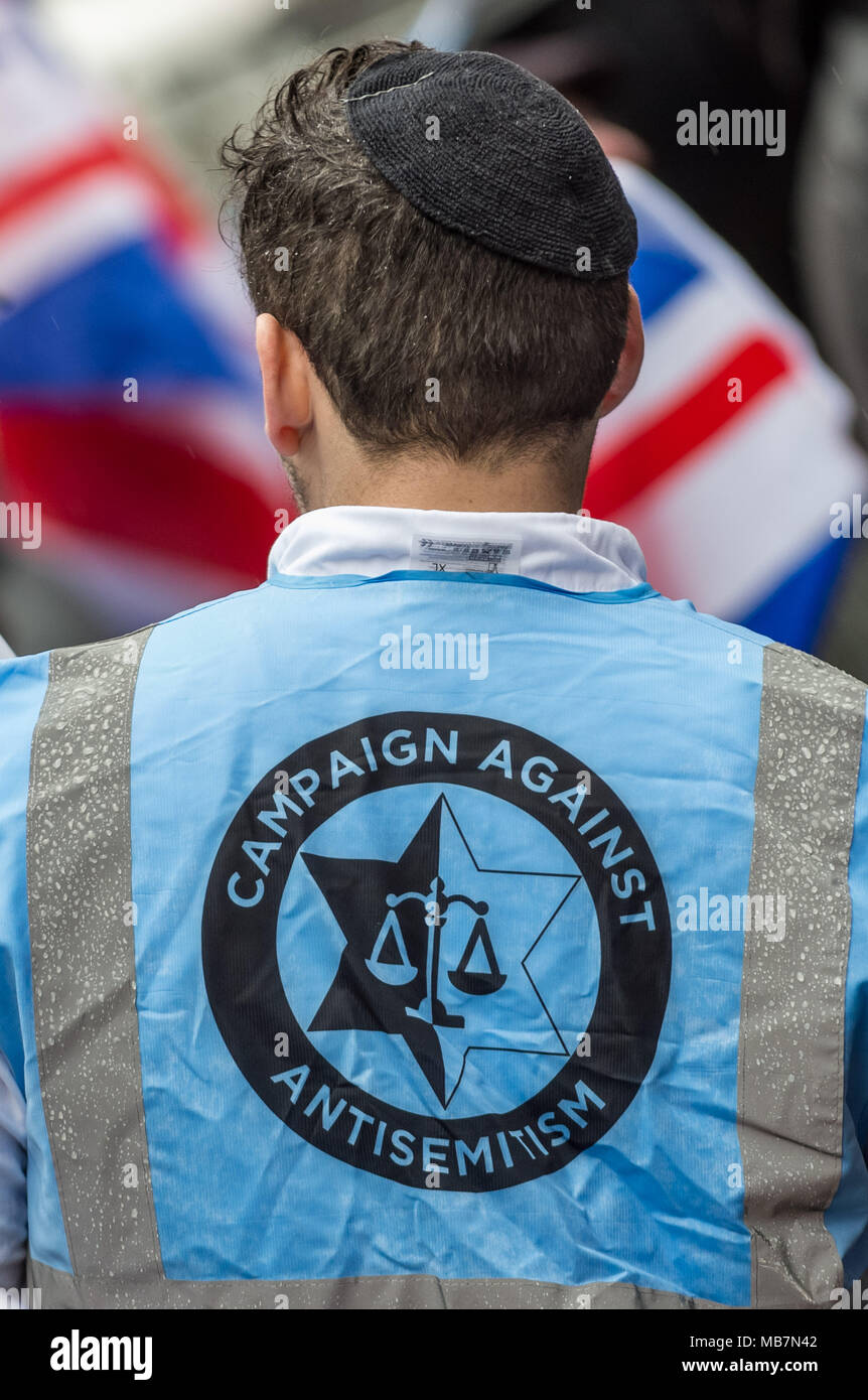 London, UK. 8th April, 2018. Hundreds of protesters including members of the British Jewish community gather outside The Labour Party's headquarters on Victoria Street to campaign against antisemitism in the party. Credit: Guy Corbishley/Alamy Live News - Stock Image