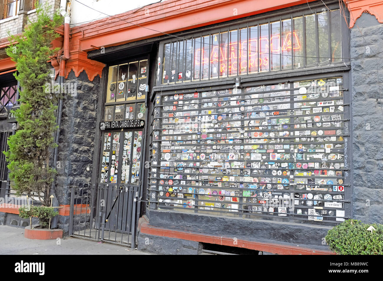 La Roma Records is an all-vinyl store in Mexico City, Mexico, where new and used records can be bought, sold, or traded. - Stock Image