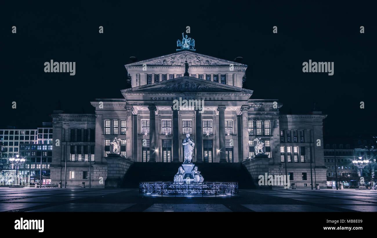 Night view of Berlin Konzerthaus - Stock Image