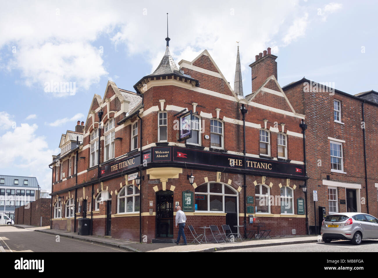 The Titanic Pub, Simnel Street, Old Town, Southampton, Hampshire, England, United Kingdom Stock Photo