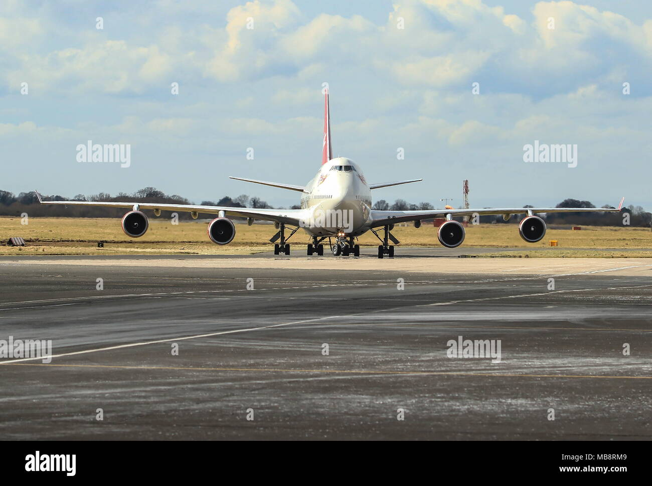 Virgin 747-400 and Easyjet Airbus. - Stock Image