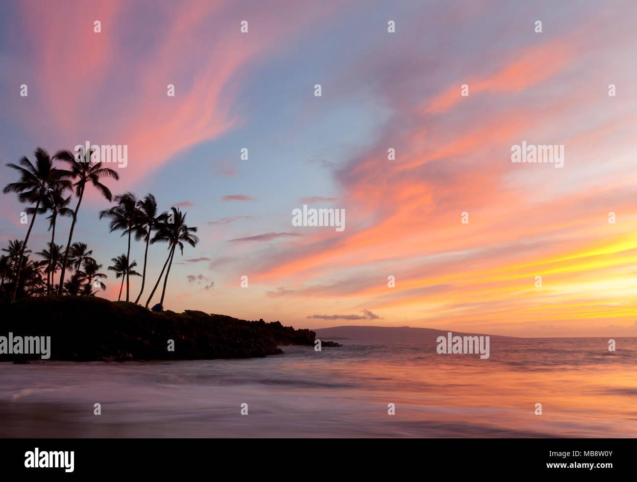 Sunset at Ulua Beach, Wailea, Maui, Hawaii. Stock Photo