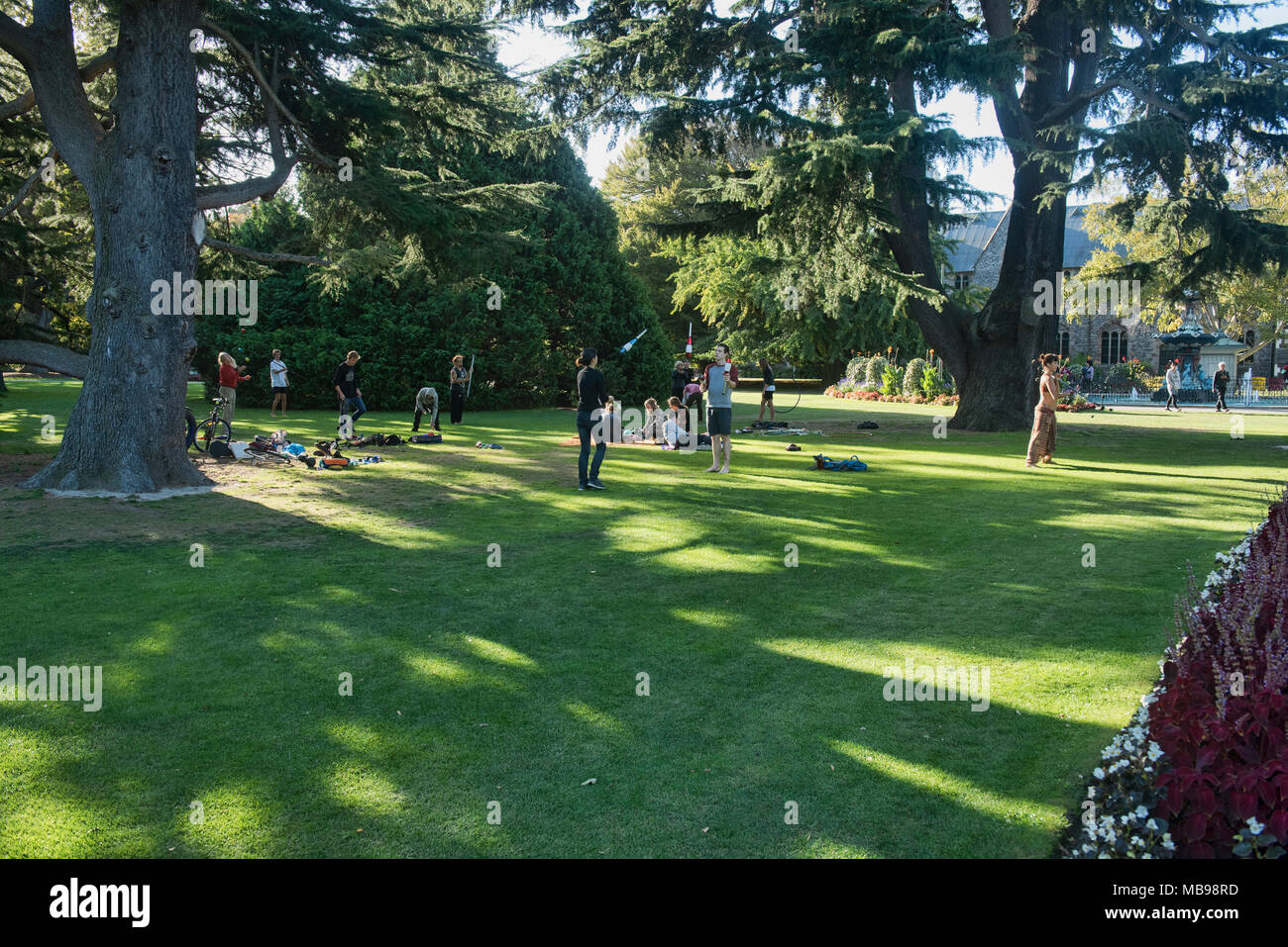Juggling and performance arts in the park, Christchurch, New Zealand - Stock Image