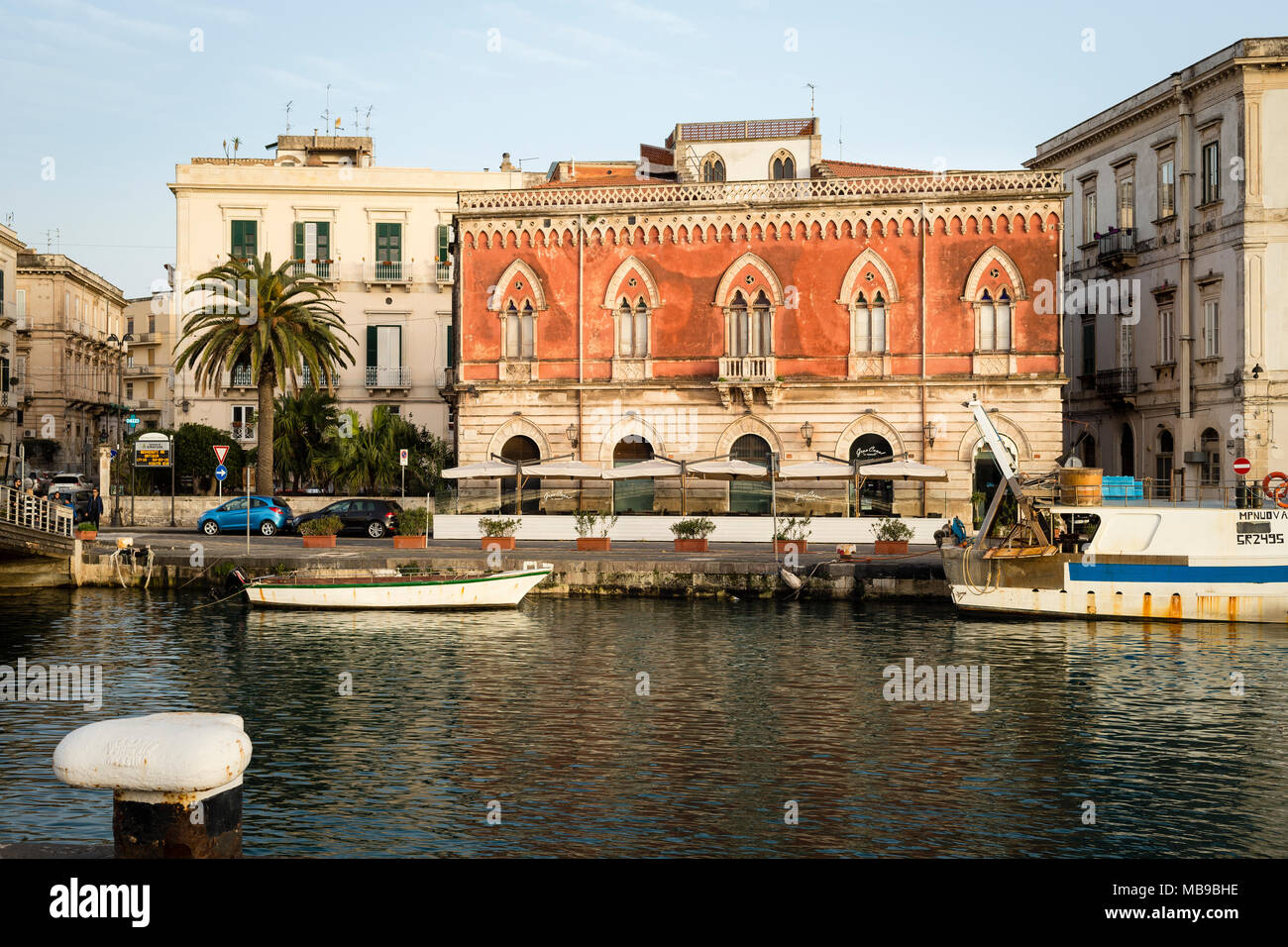 Palazzo Lucchetti and Darsena channel in Ortgia, Siracusa, Sicily, Italy. - Stock Image
