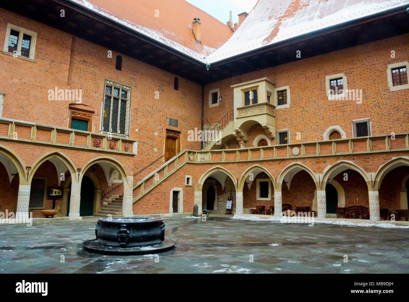 Reloj Collegium Maius, old town, Krakow, Malopolska, Poland - Stock Image
