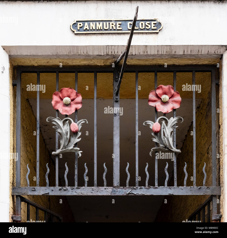 Detail of Panmure Close decoration on Royal Mile in Edinburgh Old Town, Scotland, United Kingdom - Stock Image