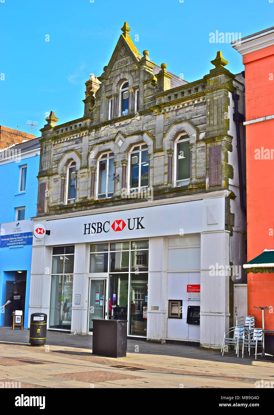 The HSBC Bank, Bridgend Branch,South Wales. The premises are listed as 'A building of Local Importance'(Draft). Stock Photo