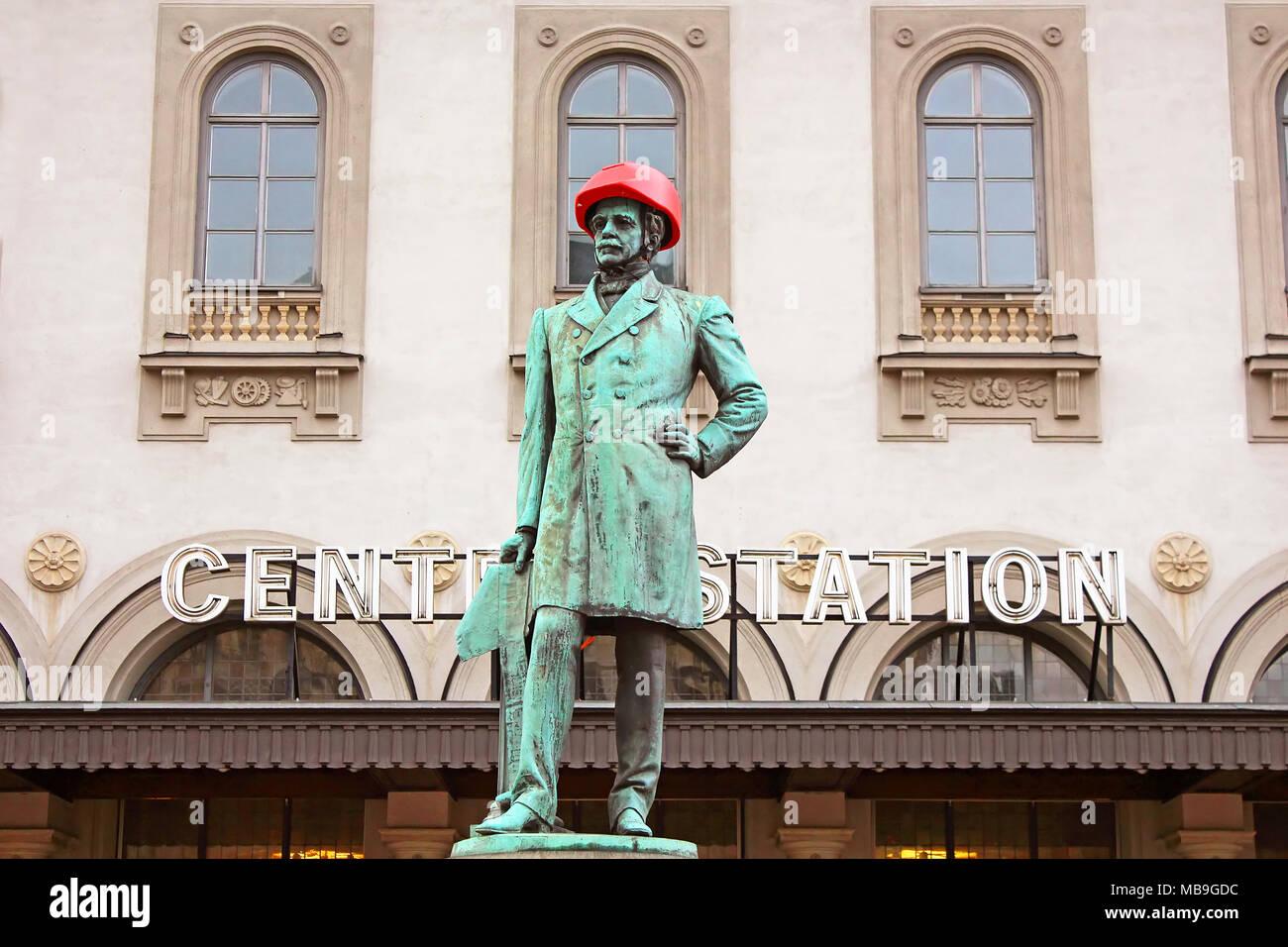 STOCKHOLM, SWEDEN - OCTOBER 17, 2013: Satue of Nils Ericson in front of Central station in Stockholm - Stock Image