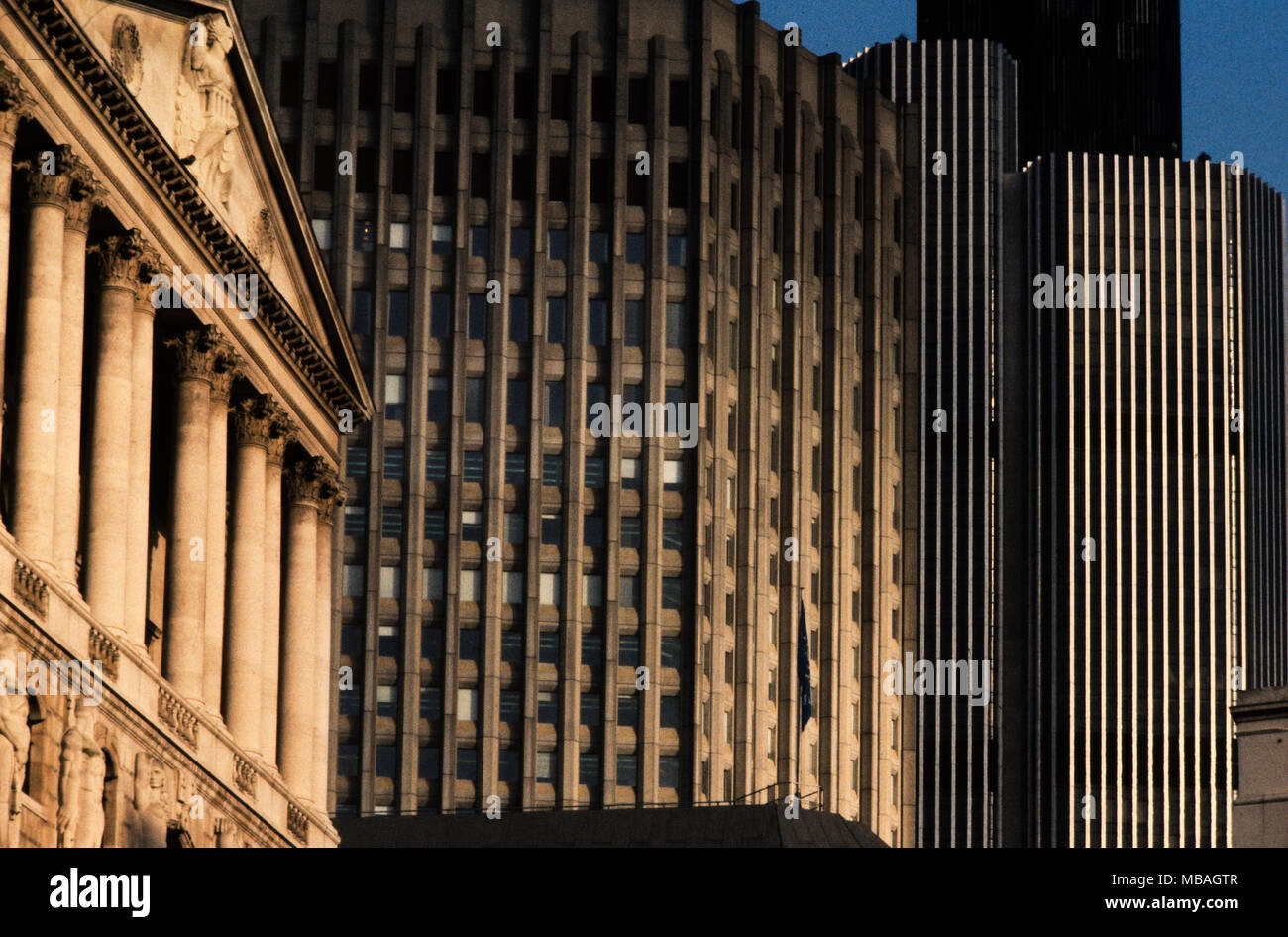 25 bank street london stock photos 25 bank street london - National westminster bank head office address ...
