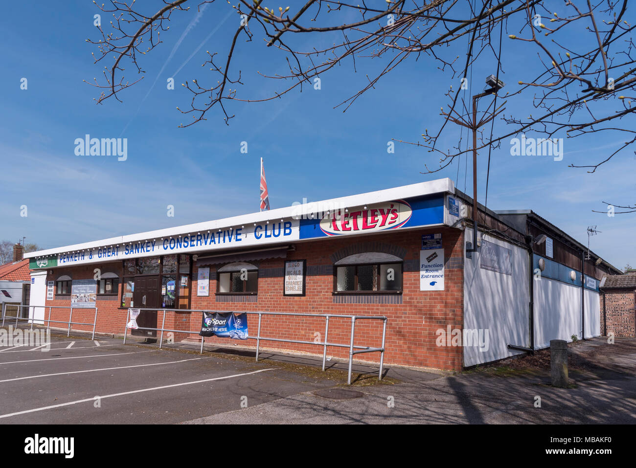 Penketh and Great Sankey Conservative club building Penketh. - Stock Image
