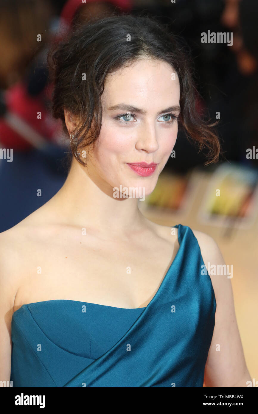 2019 Jessica Brown Findlay nude (38 photo), Topless, Fappening, Feet, bra 2015
