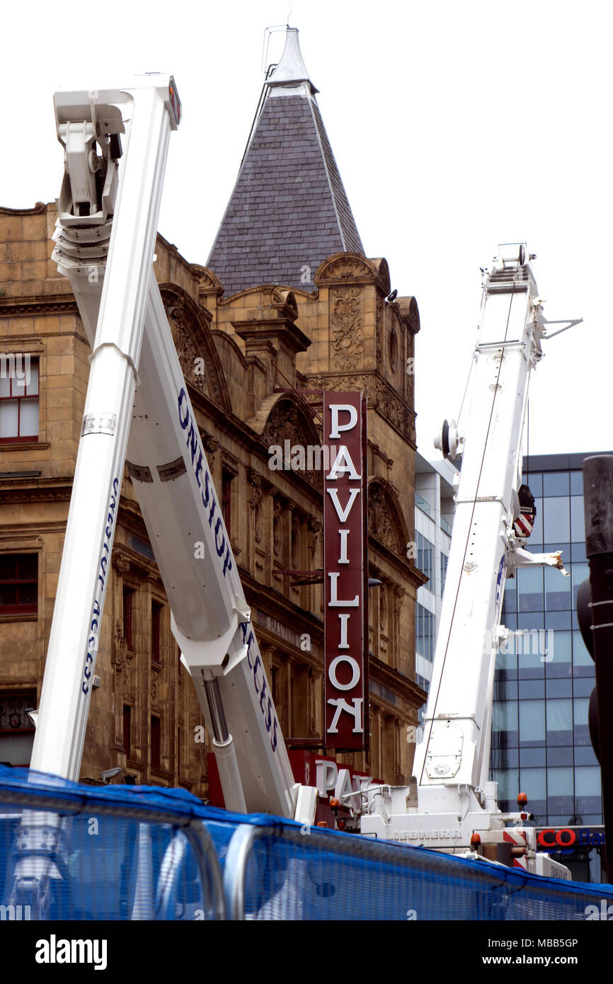 Glasgow, Scotland, UK. 9th April, 2018. Demolition work continues on one of Glasgow's busiest shopping streets, Sauchiehall Street, after a massive blaze destroyed numbers 92-96 and 98-106 on 22 March. Victoria's Nightclub was lost to fire, as were several shops. Meanwhile, the Pavilion, a popular and historic variety theatre located next to the scene, will remain closed for the duration of the work – around two months – due to the danger of the nearby buildings collapsing. Credit: Iain McGuinness/Alamy Live News - Stock Image