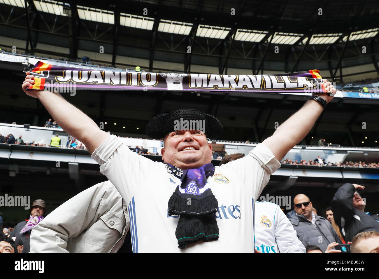 2e84eb17a General view Football/Soccer : Real Madrid fan, Spanish