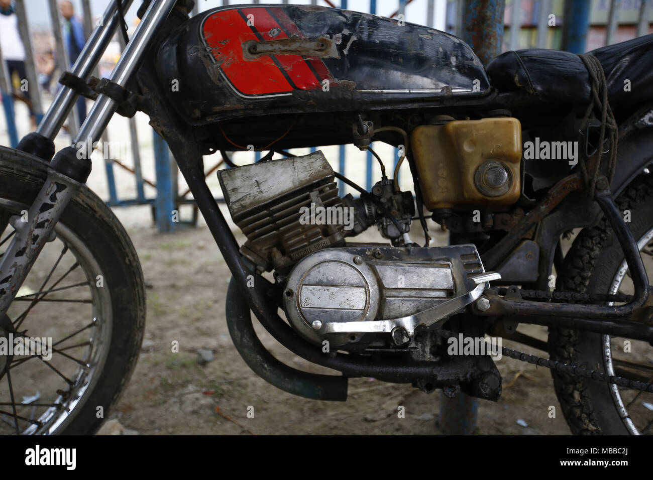 Bhaktapur, Nepal. 10th Apr, 2018. A motorbike of a stuntman is pictured during the 'Well of Death' spectacle at a fair in Bhaktapur, Nepal on Tuesday, April 10, 2018. Credit: Skanda Gautam/ZUMA Wire/Alamy Live News - Stock Image