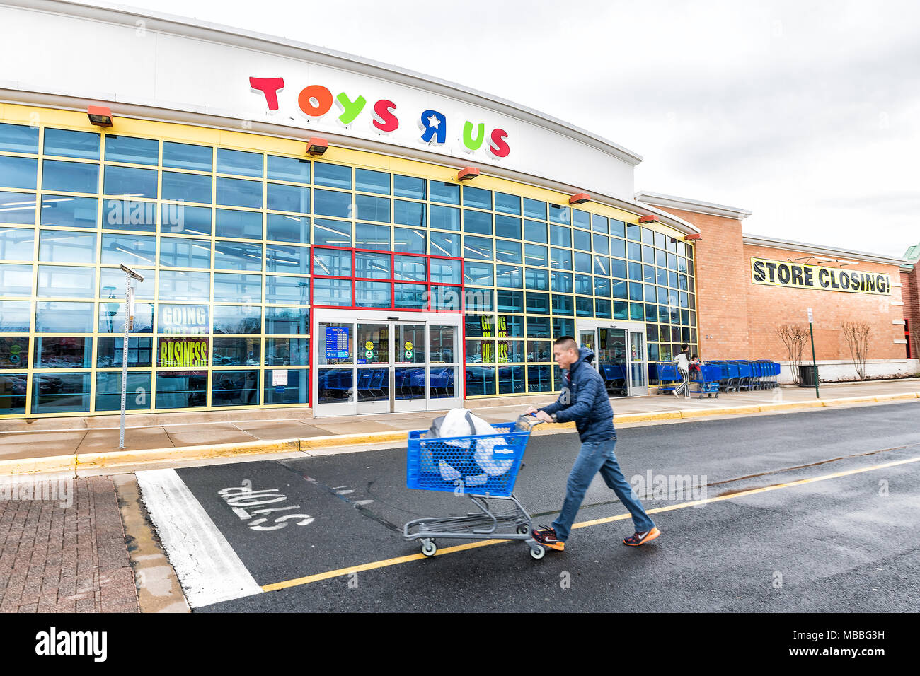 marvelous Toys R Us Sterling Part - 8: Sterling, USA - April 4, 2018: Toys R US store in Fairfax County, Virginia  for children shop exterior entrance with sign, logo, doors, closing going o