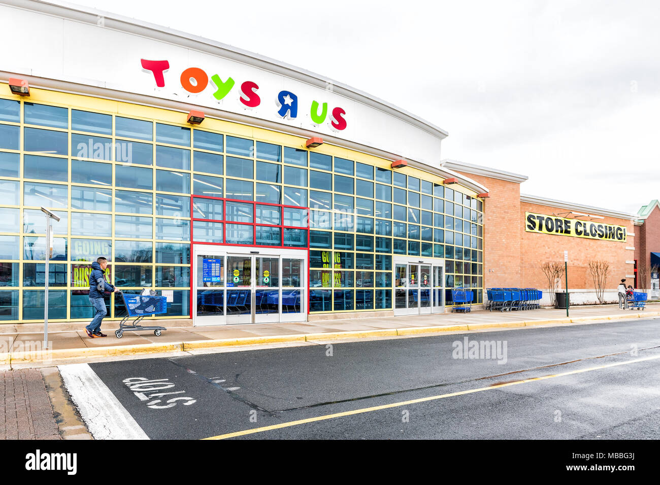 superb Toys R Us Sterling Part - 4: Sterling, USA - April 4, 2018: Toys R US store in Fairfax County, Virginia  for children shop exterior entrance with sign, logo, doors, closing going o