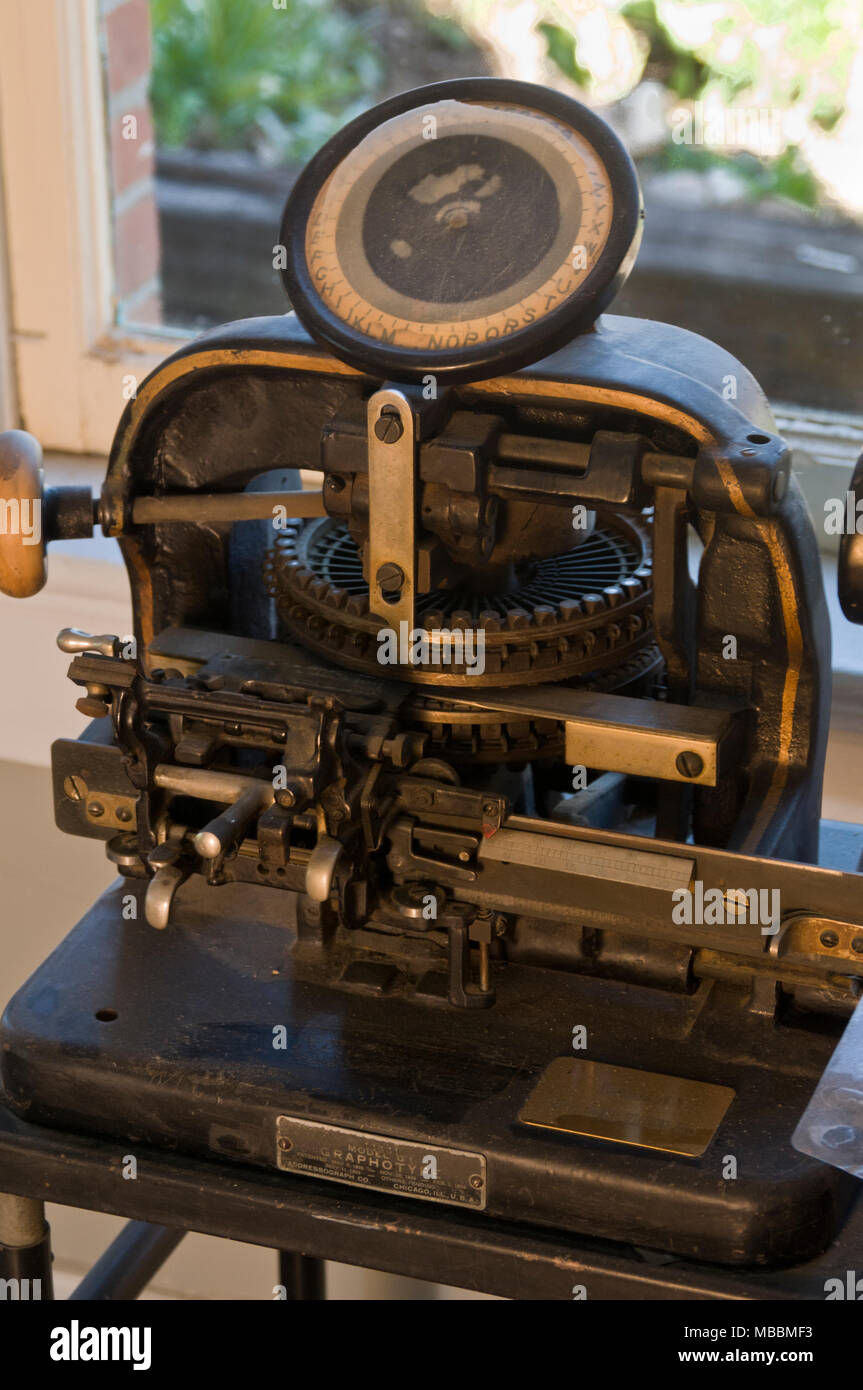Blackwater, Missouri.  Mid-Missouri museum of Independent Telephone Pioneers. Graphotype model G1 by Addressograph Co. - Stock Image