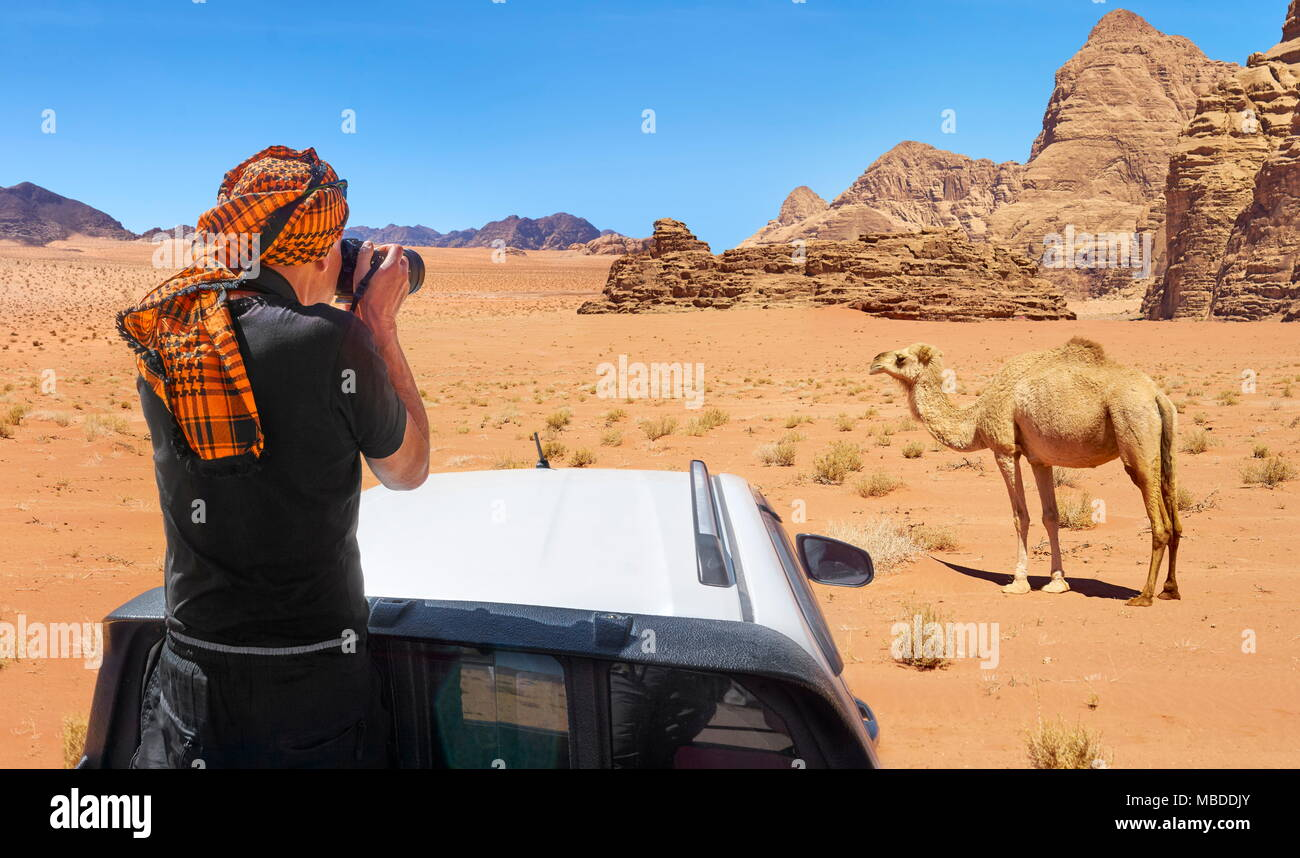 Jeep safari tour, Wadi Rum Desert, Jordan - Stock Image