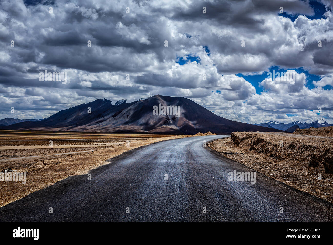 Manali-Leh highway. Ladakh, India - Stock Image