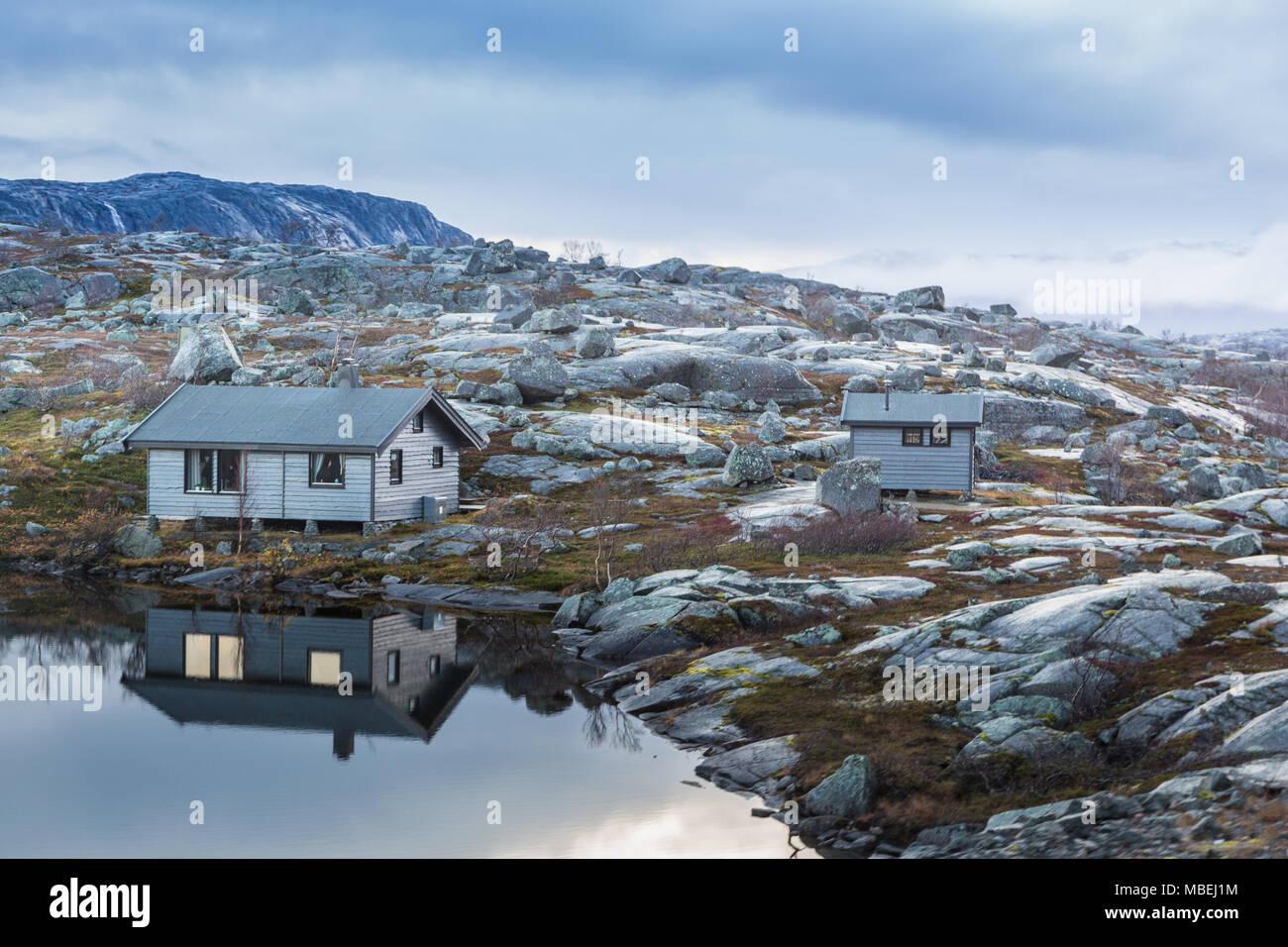 Tunturimökki Norjan Lapissa rajan tuntumassa - Stock Image
