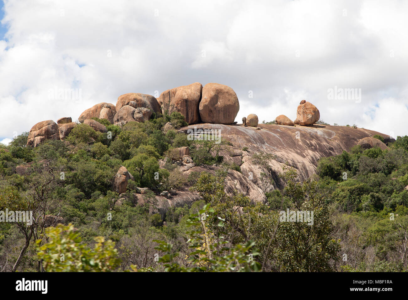 Boulders on a hilltop in Matobo National Park, Zimbabwe. - Stock Image