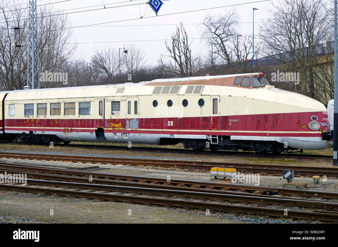 Deutsches Reichsbahn train no 175 015-7 a four carriage train with cabs and engines at both ends, in the process of being restored. - Stock Image