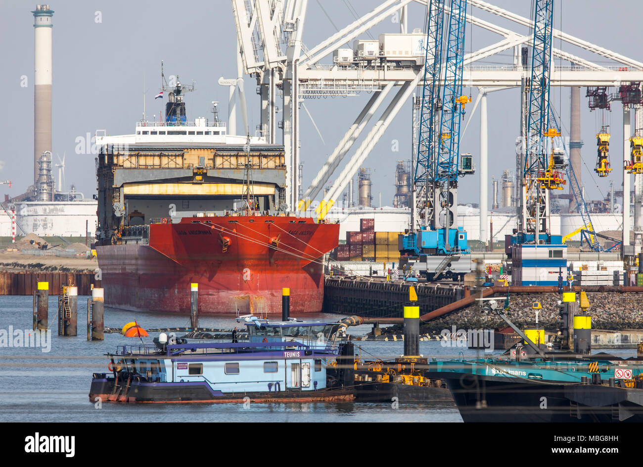 The seaport of Rotterdam, Netherlands, deep-sea port Maasvlakte 2, on an artificially created land area in front of the original coast, - Stock Image