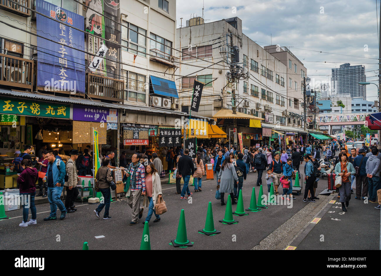 Busy street at lunch, near the famous Tokyo Fish Market in Tsukiji District Stock Photo