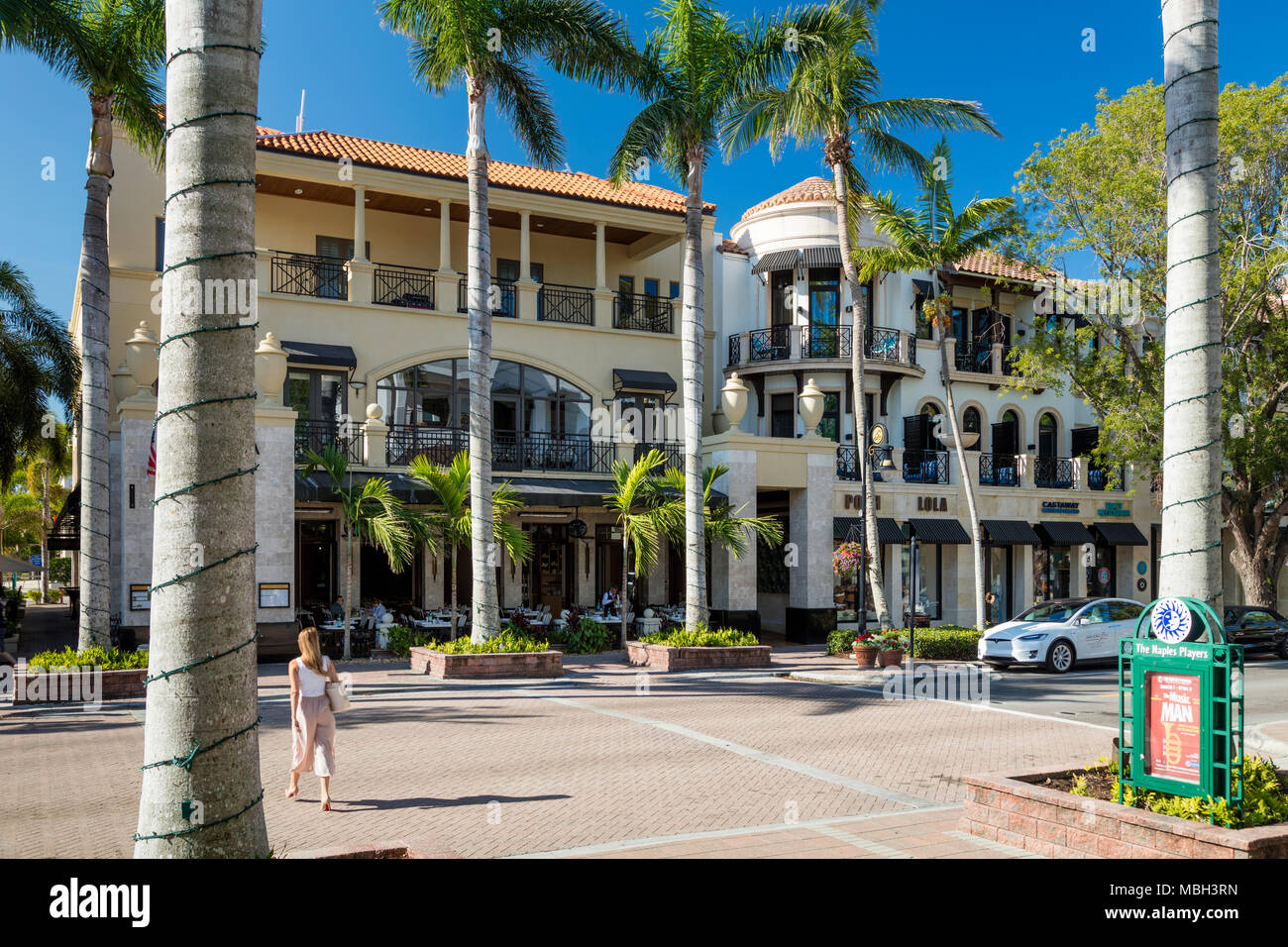 Shops and businesses along 5th Avenue, Naples, Florida, USA - Stock Image