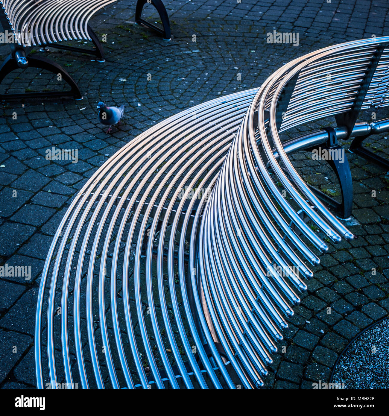 Curved Steel Stock Photos & Curved Steel Stock Images - Alamy