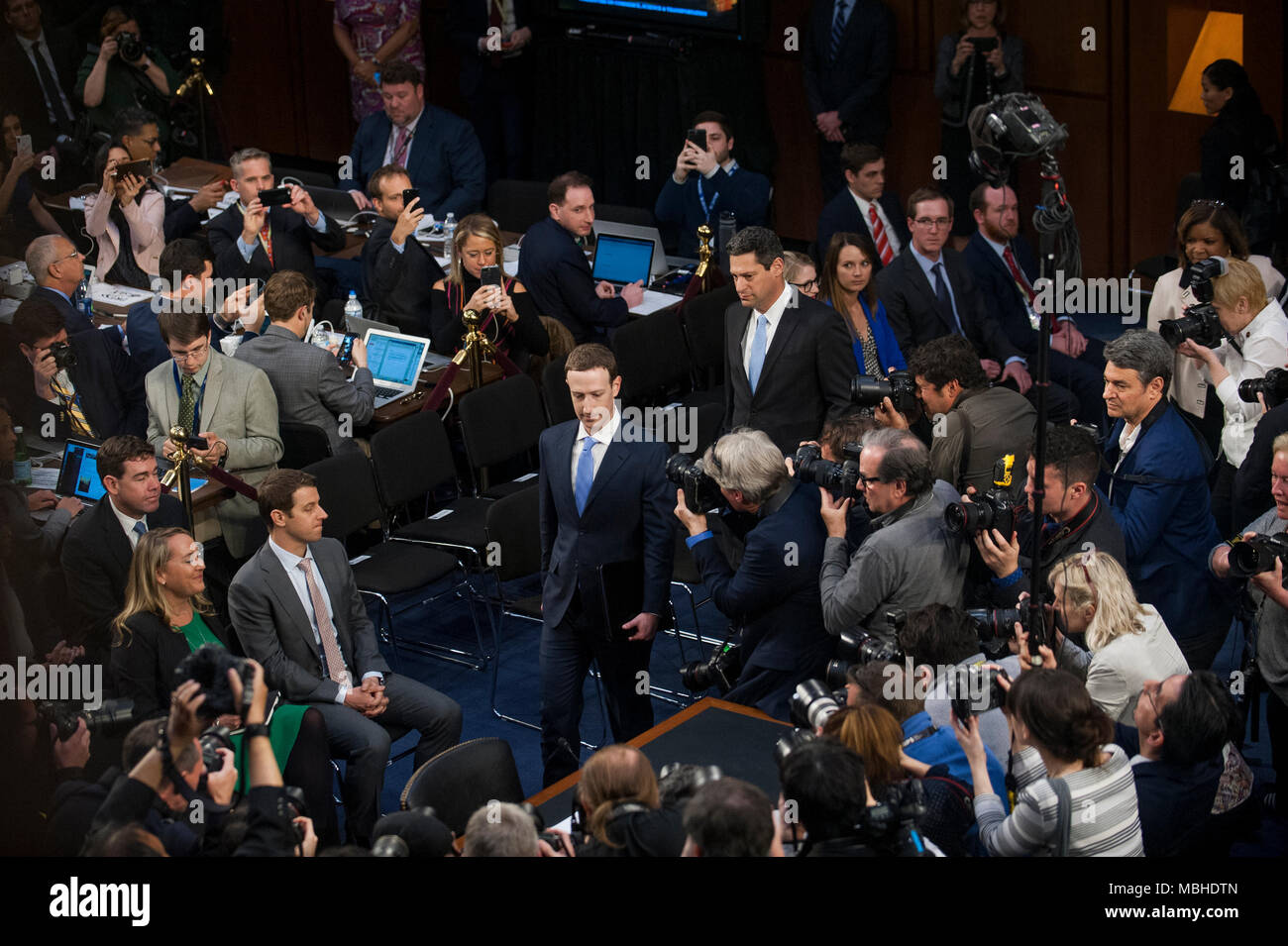 facebook office in usa. Washington, DC, USA. 10th April, 2018. Facebook CEO Mark Zuckerberg Arrives To Testify Before A Joint Hearing With The Senate Judiciary Committee On Office In Usa