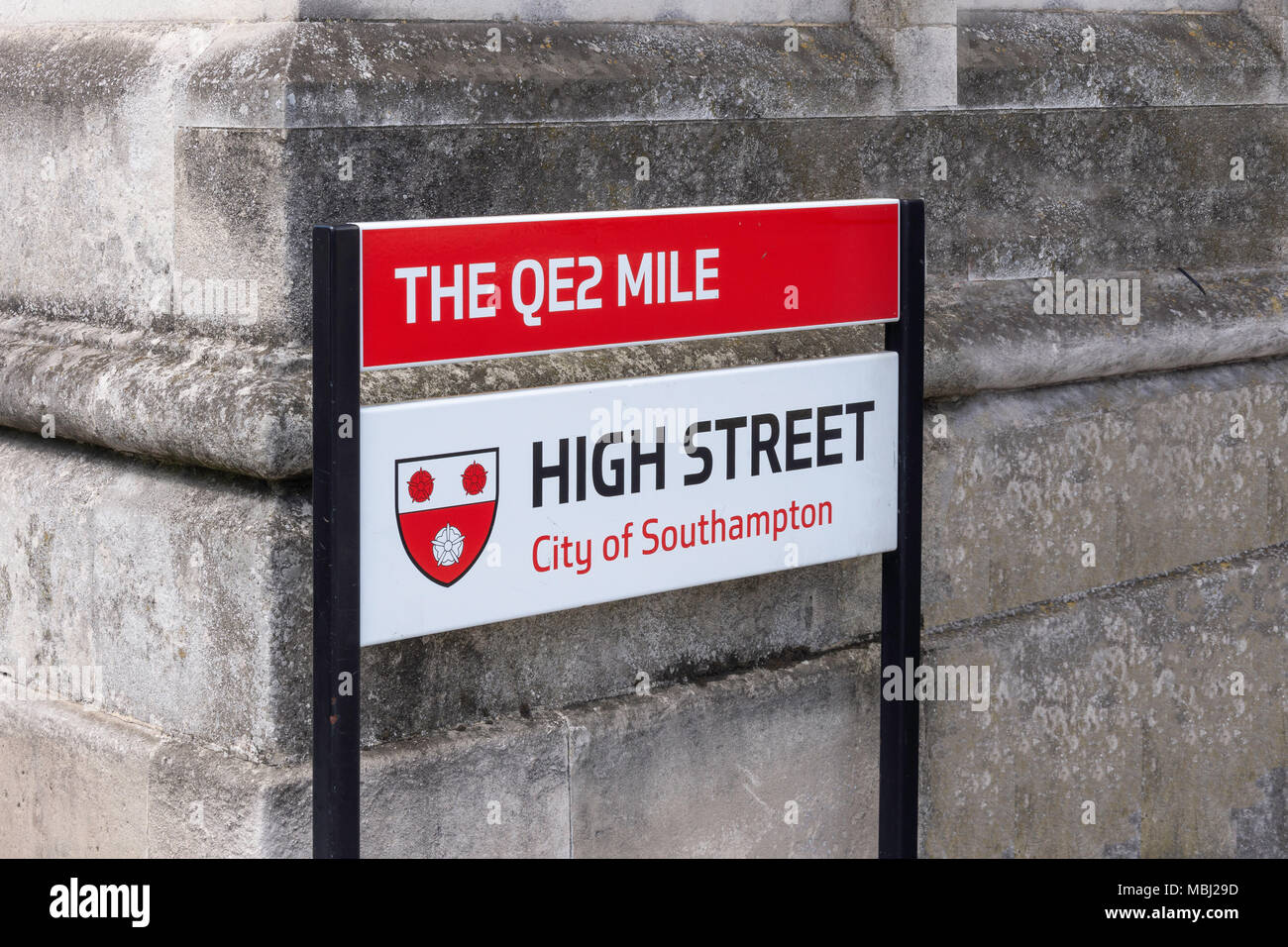 The QE2 Mile and high street sign, High Street, Southampton, Hampshire, England, United Kingdom - Stock Image