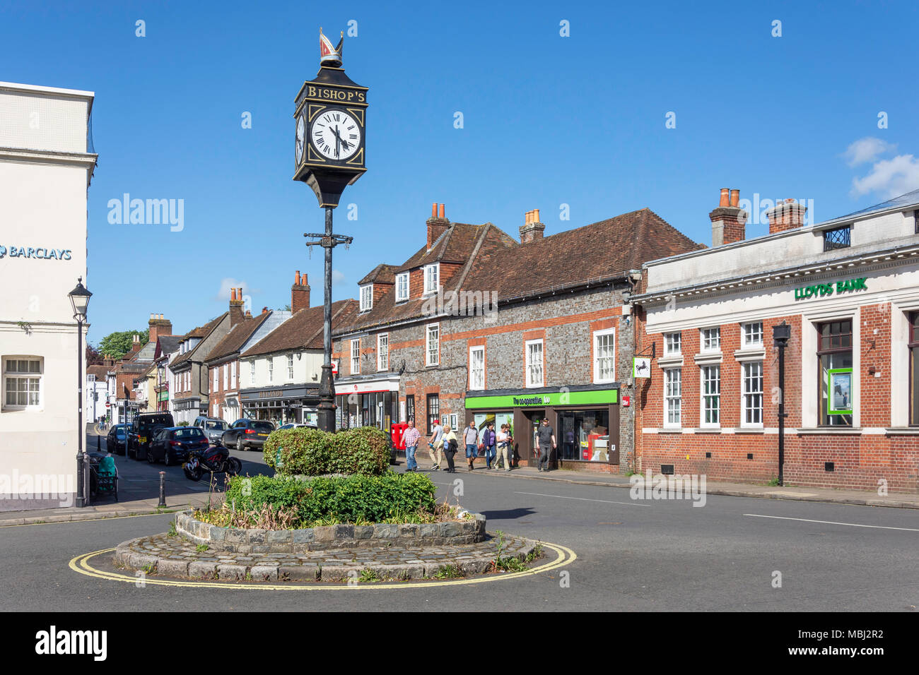 St George's Square, Bishop's Waltham, Hampshire, England, United Kingdom - Stock Image