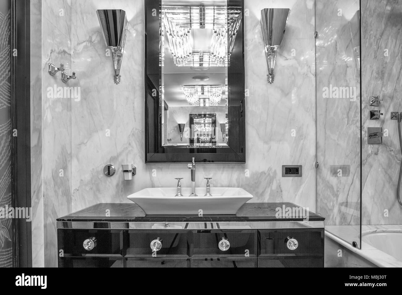 luxury bathroom interior - Stock Image