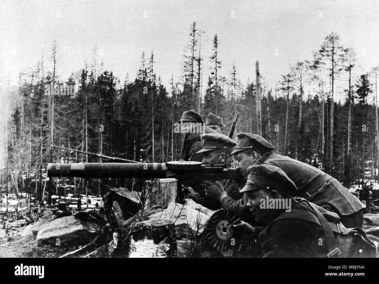 Russians on Don British uniforms & fire British Weapons - Stock Image
