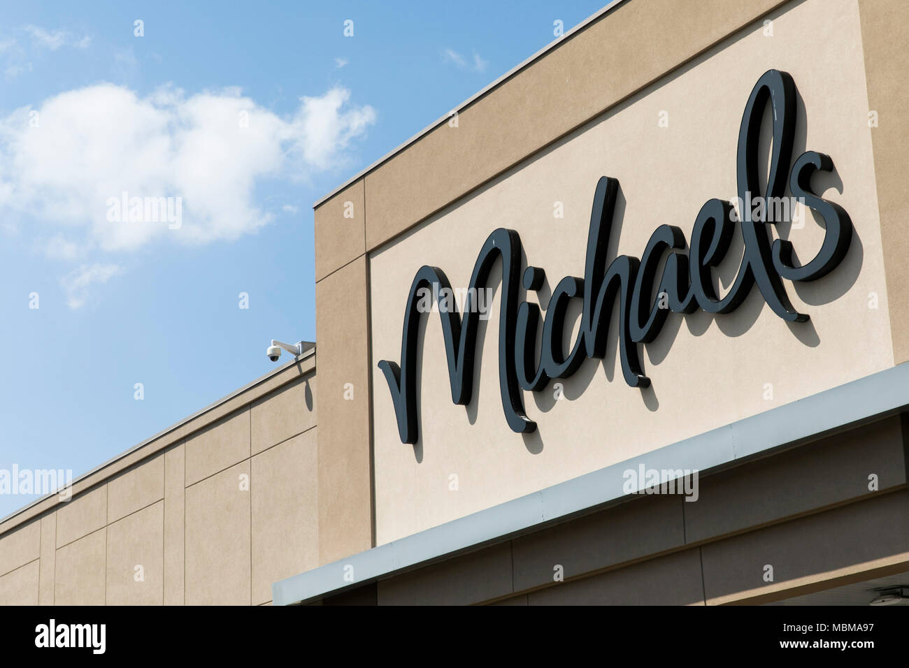 A logo sign outside of a Michaels retail store location in Silver Spring, Maryland on April 10, 2018. - Stock Image