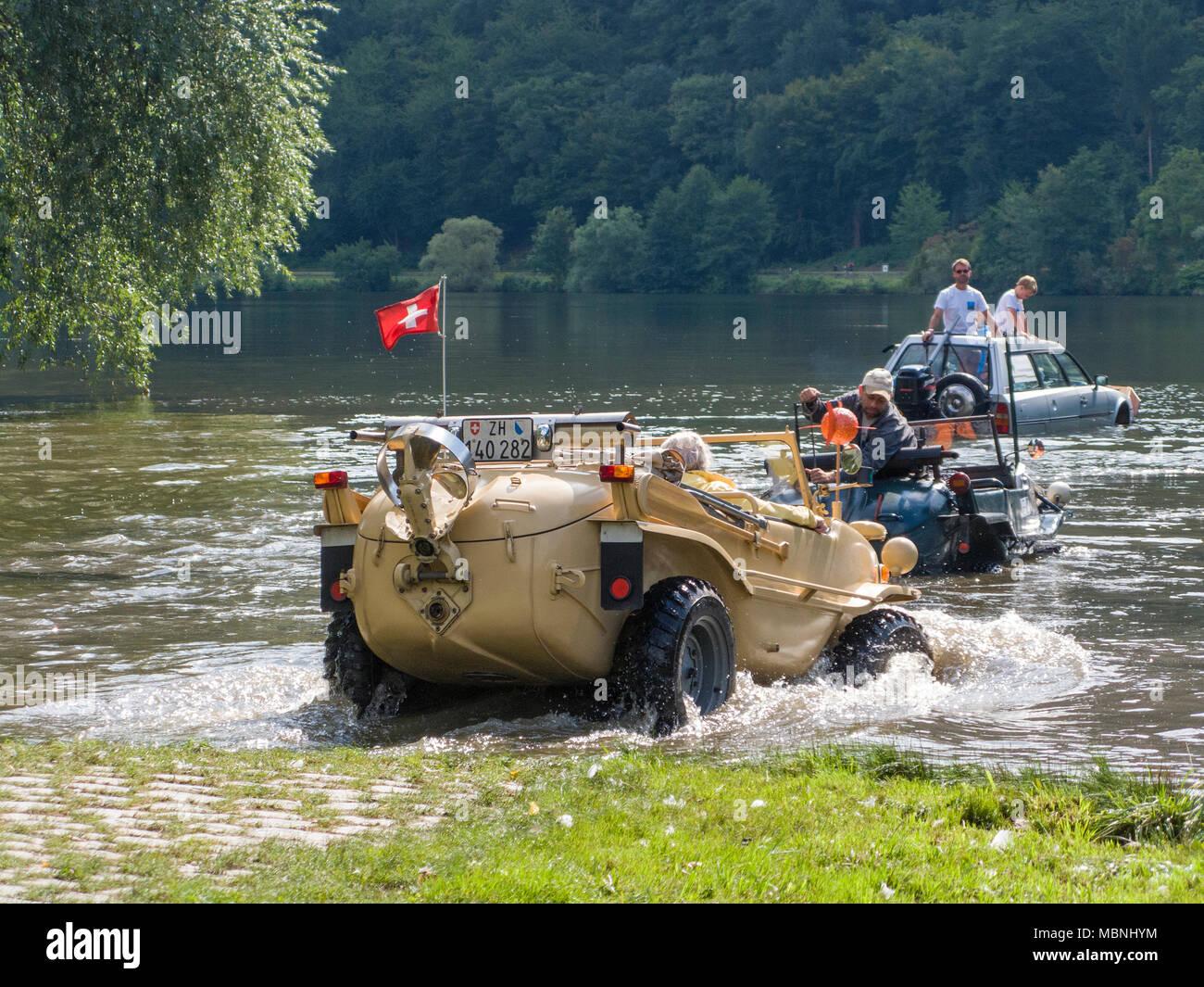 VW Typ 166, a german amphibious vehicle built at the 2nd world war driving on Moselle river, Minheim, Rhineland-Palatinate, Germany Stock Photo
