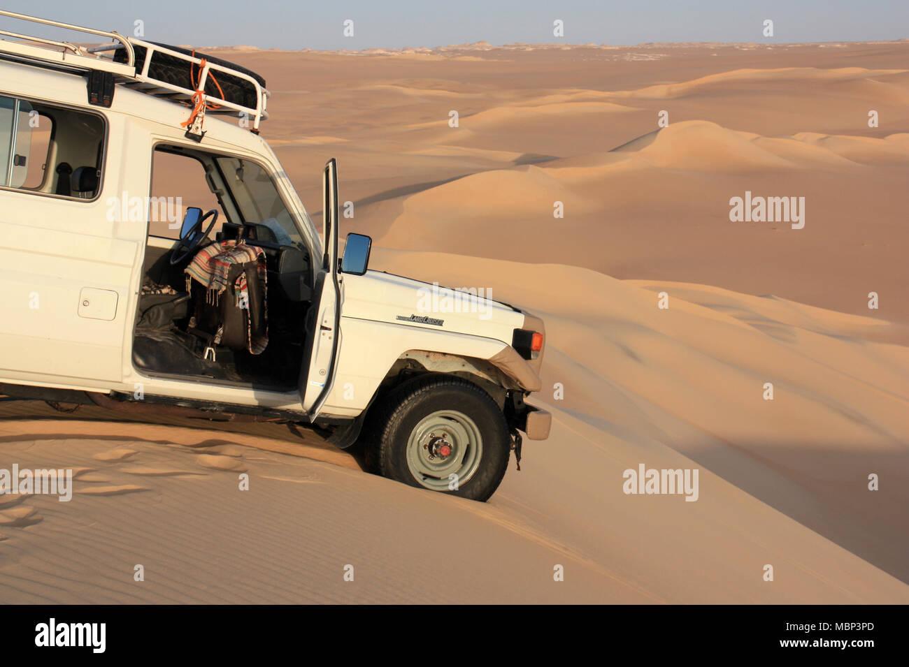 Going Off-road during a Sahara Desert Safari - Stock Image