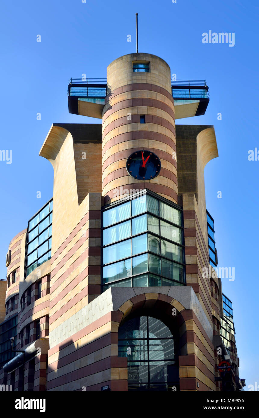 London, England, UK. No 1 Poultry (1997 - James Stirling) - office and retail building at the junction of Poultry and Queen Victoria Street. - Stock Image